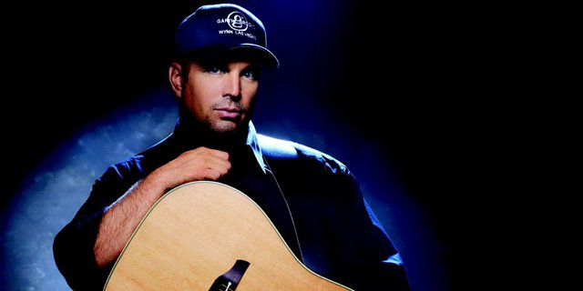 Garth Brooks: The Man, His Band and His Music