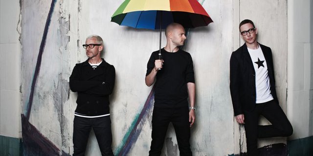 ABOVE & BEYOND RELEASE BOND-THEMED RESIDENCY VIDEO